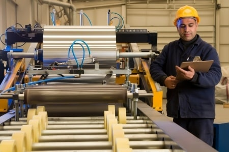מפעל לייצור קרטונים